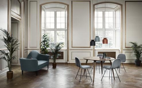 3D Dining Chair (Fully Upholstered), Center Base, Hirek Shell, Kvadrat Canvas 124
