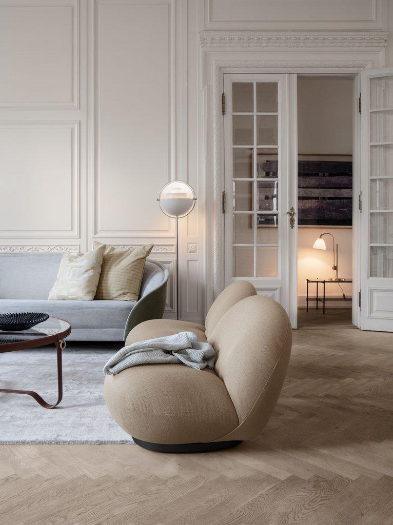 Revers Sofa By Gubi