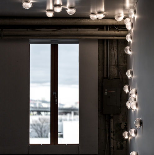 76 Wall & Ceiling Lamps