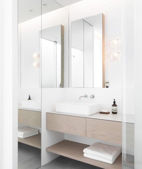76 Wall Lights in bathroom